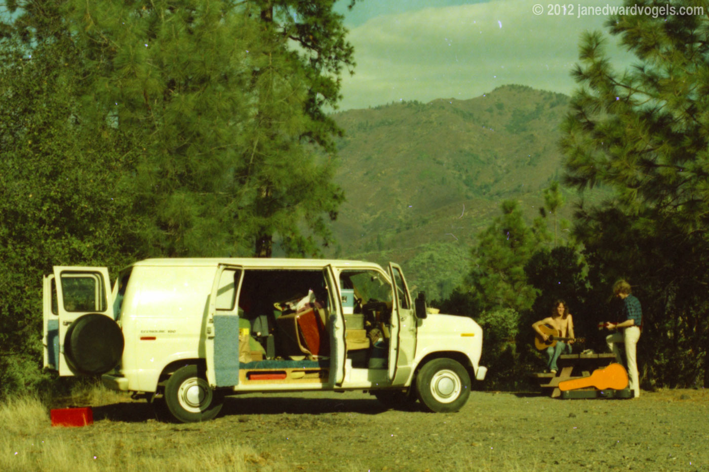Dan Mantel, Ford Econoline, Jan Edward Vogels
